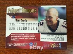 2000 Fleer Showcase Tom Brady Rookie Card Serial #0632/2000 RC Great Investment