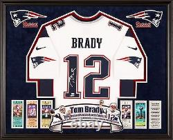 Encadré Tom Brady Maillot Signé Tristar Cert Nike Jersey Deluxe NFL Patriots Auto