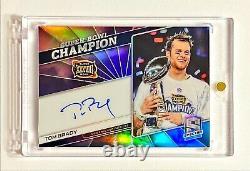 Panini Spectra Tom Brady 2019 #2/2 Nebula Prizm Super Bowl Champion Auto XXXVIII