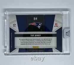 Tom Brady 2018 Panini Honors Buybacks Fabric Of The Game Patch On Card Auto #2/5